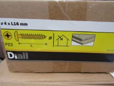 Diall - Wood Screws 4x16mm PZ2 - Quantity Unknown - Unused & Boxed.