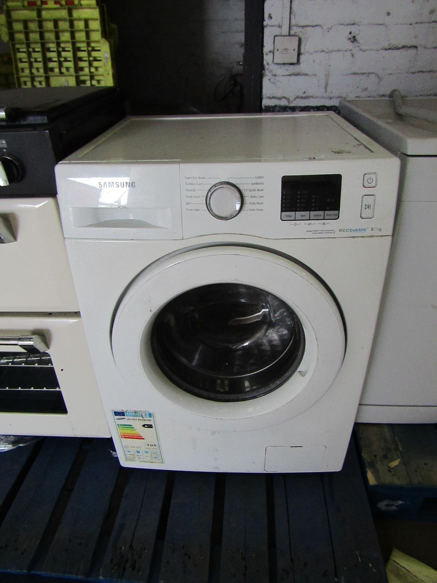 Samsung Eco Bubble 8KG washing machine, Vendor informs it is tested working but is a little noisy on