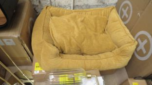 1X made.com kysler pet bed x-large mustard . This lot is a completely UNCHECKED. We have not checked