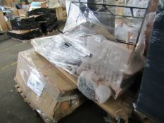 Mixed pallet of Cox & Cox customer returns to include 8 items of stock with a total RRP of