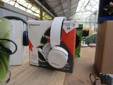 Steel series Arctic 3 wired gaming head set - Untested & Boxed - RRP £79.99