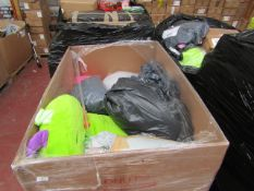   1X   PALLET OF APPROX 30X HAPPY NAPPER SLEEPING BAGS   PALLET IS RAW AND UNWORKED   NO ONLINE