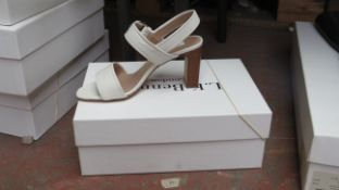 L K Bennett London Natalie Off White Grainy Leather Shoes size 36 RRP £225 new & boxed see image for