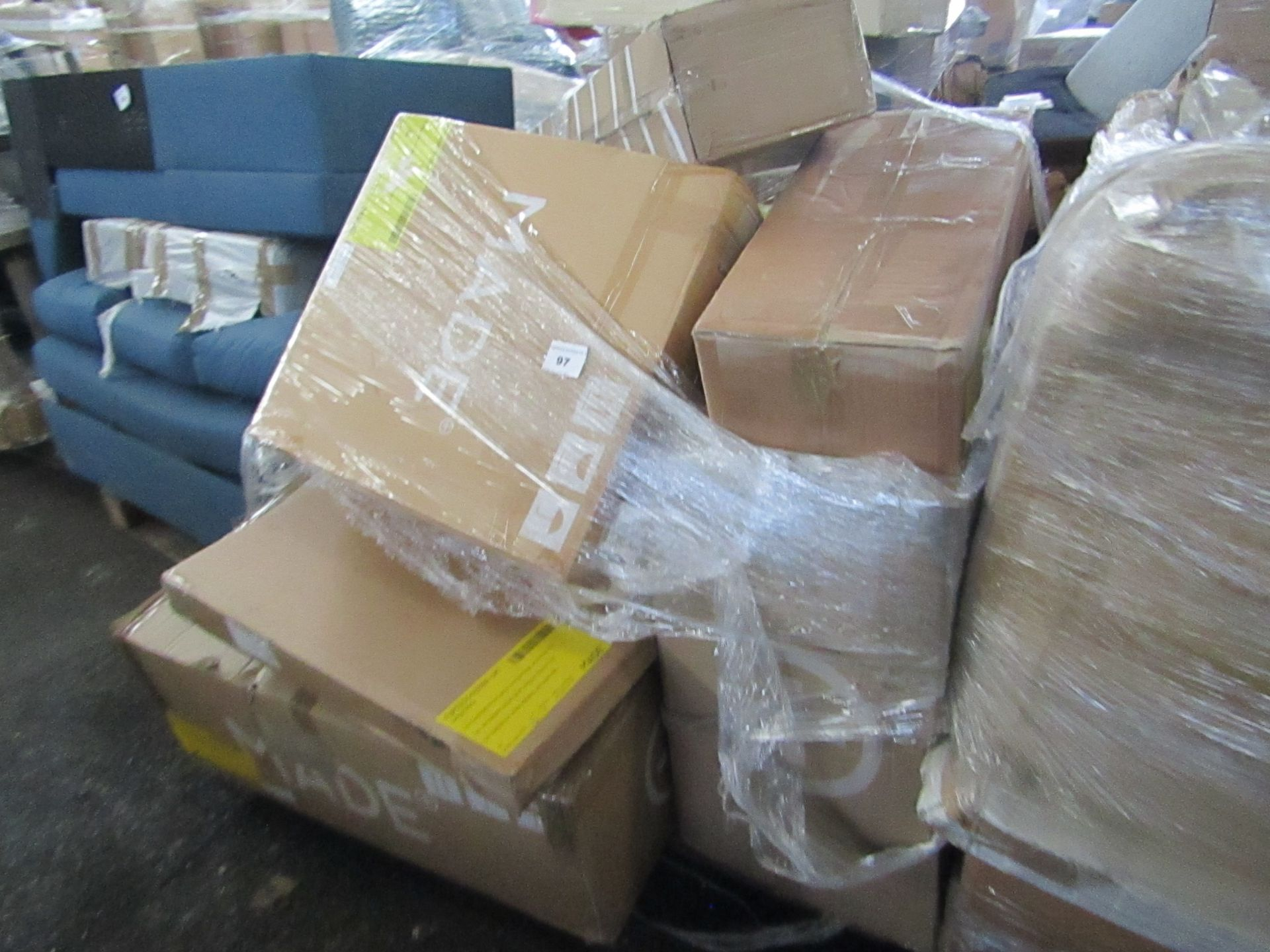Mixed pallet of Made.com customer returns to include 7 items of stock with a total RRP of