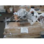 Mixed pallet of Cox & Cox customer returns to include 9 items of stock with a total RRP of