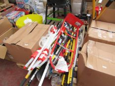 1x BOX OF VARIOUS TOOLS 1293 This lot is a Machine Mart product which is raw and completely