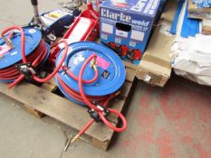 1x CL HOSE REEL CAR15MC 1281 This lot is a Machine Mart product which is raw and completely