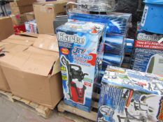 1x CL WASH JET8500 230V 1273 This lot is a Machine Mart product which is raw and completely