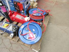1x CL HOSE REEL CAR15MC 1282 This lot is a Machine Mart product which is raw and completely