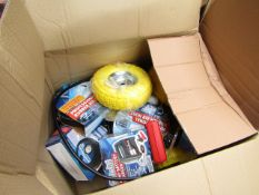 1x BOX OF VARIOUS TOOLS 1298 This lot is a Machine Mart product which is raw and completely
