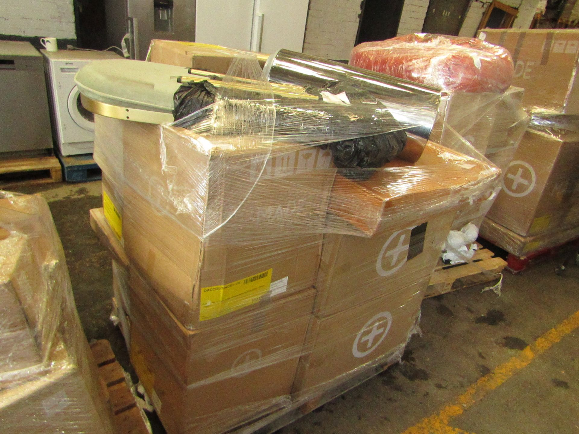 Mixed pallet of Made.com customer returns to include 17 items of stock with a total RRP of