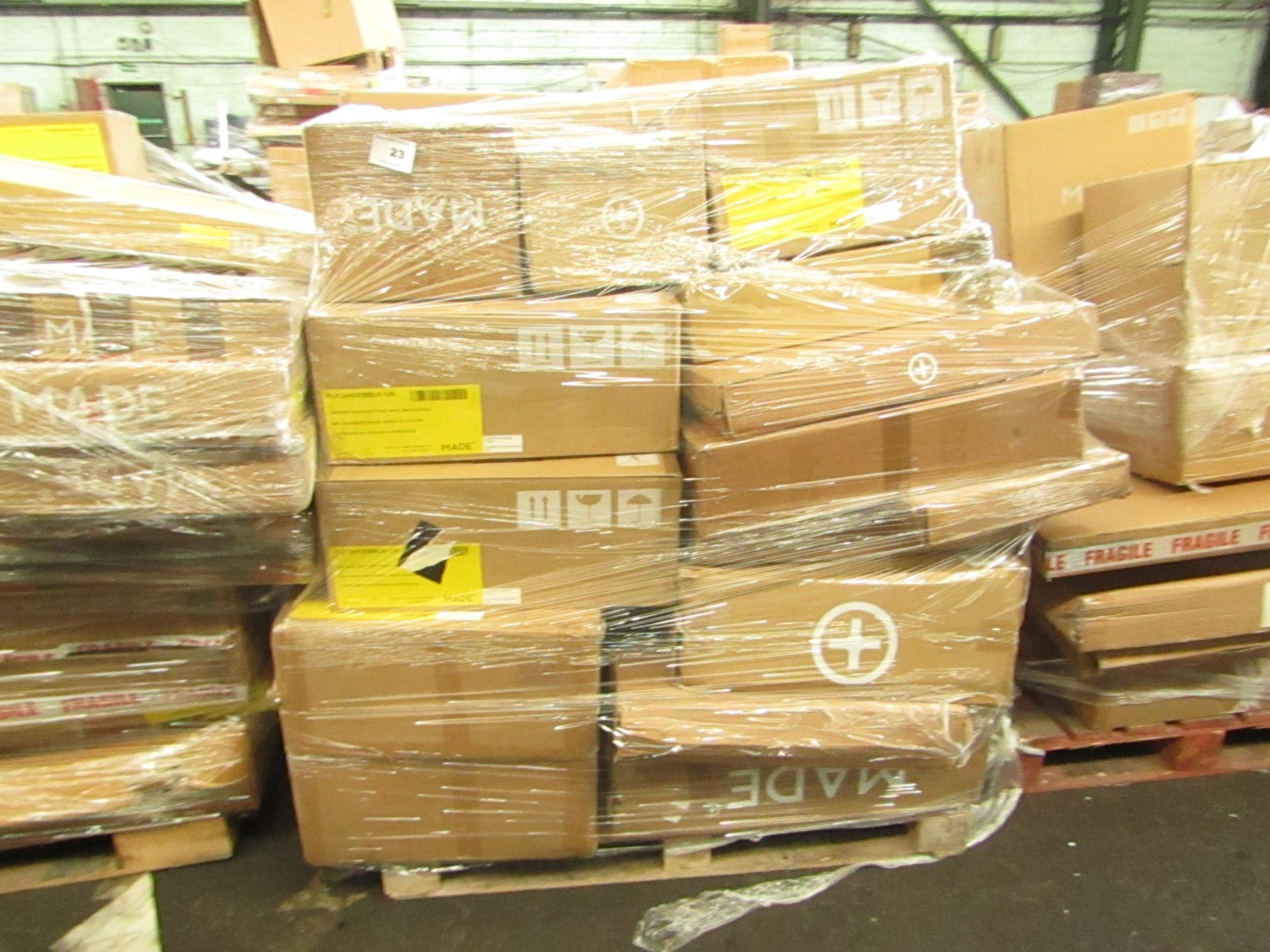 Mixed pallet of Made.com customer returns to include 22 items of stock with a total RRP of