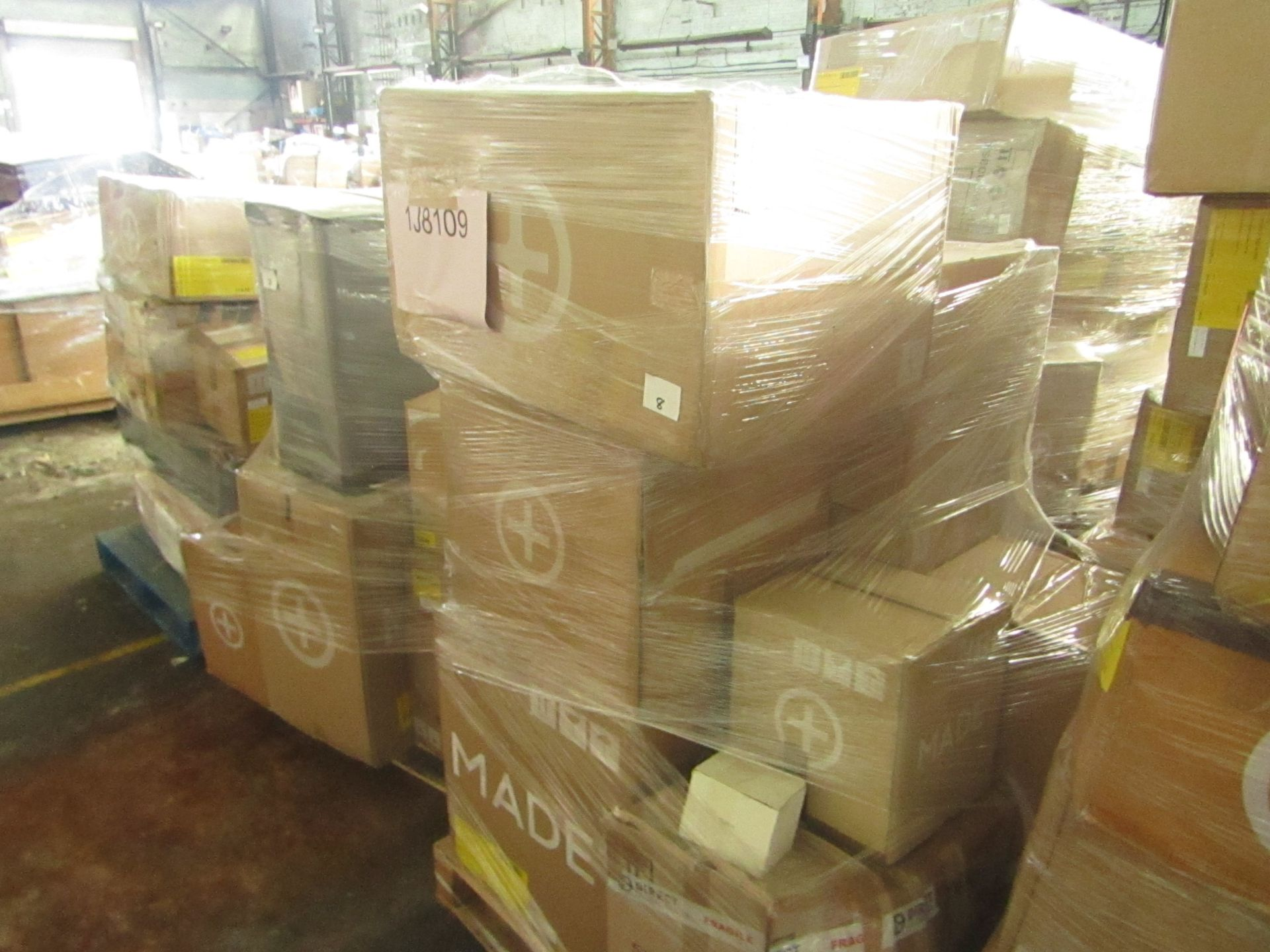 Mixed pallet of Made.com customer returns to include 9 items of stock with a total RRP of