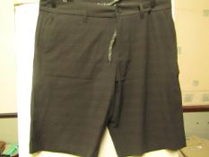 Hang ten Hybrid shorts with stretch, new size 34 waist