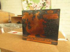 Pokemon - Champion's Path - Elite Trainer Box - New & Packaged. RRP œ69.99.