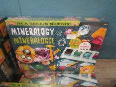 Lisciani - Im A Genius Science Mineralogy Science Activity Set - New & Boxed.