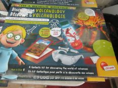 Lisciani - Im A Genius Science Volcanology Science Activity Set - New & Boxed.