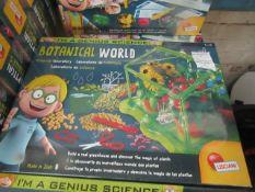Lisciani - Im A Genius Science Botanical Science Activity Set - New & Boxed.