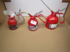 1x CL 250ML OIL CAN CHT843, 1x CL 125ML OIL CAN CHT842, 1x CL 500ML OIL CAN CHT844, This lot is a