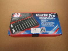1x CL PROFESS 22PCE HIGH TORQ RIBE PWR BITSET PRO183 1700583, This lot is a Machine Mart product