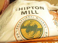 25KG bag of Shipton Mill Traditional Organic White Flour, BB Dec 2021, RRP £24.99