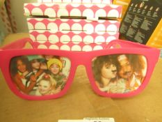 5x Photo Frame Holiday View Glasses (Pink) - Unused & Packaged.