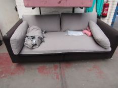 | 1X | ARABELO 3 SEATER LOOSE COVER SOFA | UNCHECKED HOWEVER THE FRAME & CUSHIONS COLOUR DIFFER |