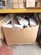   1X   PALLET CONTAINING APPROX 25 BIONIC STRIMMERS   ALL UNCHECKED WITH SOME DAMAGED BOXES   SOME