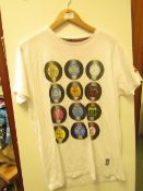 1x Brave soul london mens t-shirt, size M, looks new, See picture for design.