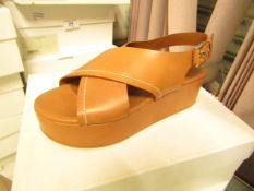 L K Bennett London Sima Tan Veg Leather Shoes size 40 RRP £250 new & boxed see image for design