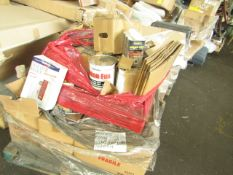 PALLET CONTAINING LITERATURE HOLDERS,WOOD DYE, METAL BRACKETS AND DÉCOR FILL