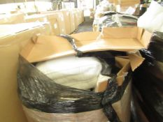 1X PALLET CONTAINING DUVETS, MATTRESS TOPPERS & MORE | ALL UNCHECKED RETURNS |