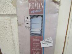 Roman Shade with Baleens, 140cm wide x 180cm drop, looks unused