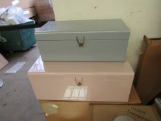 | 1X | MADE.COM DAVEN SET OF 2 METAL STORAGE BOX TRUNKS, PINK & GREY | LOOKS IN GOOD CONDITION &