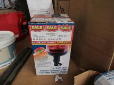 1x DP LIGHT 63882 12V/24V AMBER SPIGOT, This lot is a Machine Mart product which is raw and