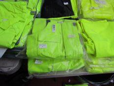 Aqua Tex - Bib n' Brace Hi-Vis - Durable Material - Size Medium - Unused & Packaged.