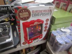 Global Gizmos - Classic Arcade Coin Pusher - Unchecked, Box Damaged.