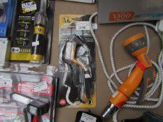 Roughneck - Sealant Repair Tool - Damaged Packaging.