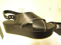 L K Bennett London Sima Black Veg Leather Shoes size 37 RRP £250 new & boxed see image for design