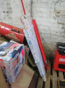 1x CL WORKBENCH CWB-R1B 1570 This lot is a Machine Mart product which is raw and completely