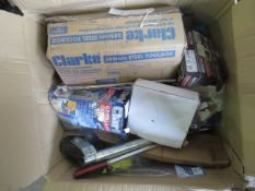 1x BOX OF VARIOUS TOOLS 1539 This lot is a Machine Mart product which is raw and completely