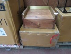 This lot is a completely UNCHECKED. We have not checked this item and we are unable to give a