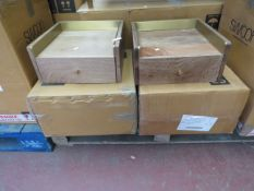 Mixed pallet of Swoon Editions customer returns to include 2 items of stock with a total RRP of