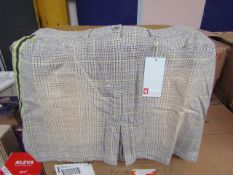 5x Yaya Hype - Womens Skirt - Size Large - Please See Image For Design.