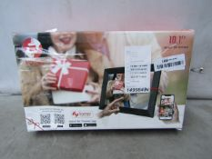 """Frameo Wifi Cloud Frame - Share Pictures & Videos Instantly - 10.1"""" Screen - Unchecked & Boxed - RRP"""