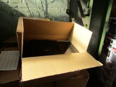 5x Microwaves in Non Original Boxes Picked at Random - Unchecked & Boxed - Be aware we do not know
