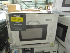 5x 700w Manual Microwave Ovens - White - Unchecked & Boxed - RRP £40 - Total lot RRP £200 - Load Ref