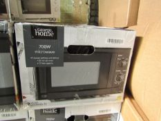 6x 700W Manual Microwave Ovens - Black - Unchecked & Boxed - RRP £40 - Total Lot RRP £240 - Load Ref