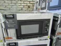 5x 700w Manual Microwave Ovens - Black - Unchecked & Boxed - RRP £40 - Total lot RRP £200 - Load Ref