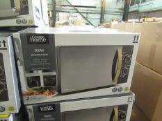 5x 700w Manual Microwave Ovens - Black with Wood Effect - Unchecked & Boxed - RRP £50 - Total lot